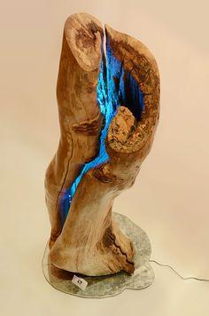 Neugier - Der Drang des Lebens. Glass, Timber Wood, Art