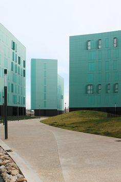 Toyo Ito's Social Housing Logroño. Photograph by Gon.photo