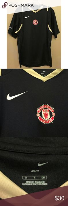 92a8c09bf Nike Manchester United Jersey Shirt -Excellent condition -Nike jersey Dry  Fit material shirt with Manchester United logo -Manchester United on sleeve  Nike ...