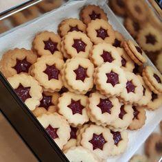 Hildabrötchen, ein schmackhaftes Rezept aus der Kategorie Kekse & Plätzchen. Bewertungen: 35. Durchschnitt: Ø 4,6.