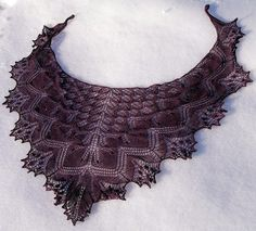 Aeolian shawl - Pattern & chart and written directions included. Looks really complicated, but I love this shawl! Knit Or Crochet, Lace Knitting, Knitting Stitches, Knitting Patterns Free, Free Pattern, Finger Knitting, Hand Crochet, Crochet Shawls And Wraps, Knitted Shawls