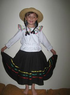 Campesina Colombian Girls, Folklore, Diy Clothes, Cheer Skirts, Dress Up, Sewing, Vintage, D1, Ideas