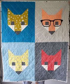 The mama has finally received her quilt, so I& happy to share with you a baby quilt that I recently made for a very special baby I used Elizabeth Hartman& wonderful Fancy Fox II pattern and I c Quilting Projects, Sewing Projects, Elizabeth Hartman Quilts, Fox Quilt, Fox Crafts, Fox Fabric, Animal Quilts, Fox Pattern, Small Quilts