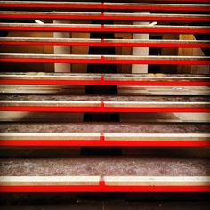 #jussieu #escaliers #red #stairs #university #upmc #architecture #instagallery #instafamous #instagood #igersoftheday - @ohcharlax- #webstagram