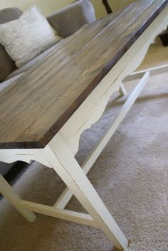 DIY Farmhouse Coffee Table (Make into a bench for the dining room) LOVE IT!