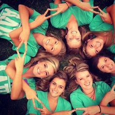 cute sorority picture except with a Δ