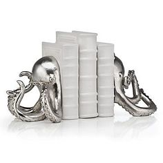 Lend a unique addition to your library collection with our sea inspired Octopus Bookends.