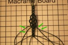 셀틱st 팔찌 제작법 : 네이버 블로그 Macrame Bracelet Diy, Macrame Art, Macrame Projects, Macrame Knots, Macrame Tutorial, Macrame Patterns, Summer Jewelry, Bracelet Patterns, Yarn Crafts