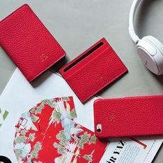 All red . Kirmizi slim cuzdan, kartlik, iphonecase 6/6plus  #iphonecase #cardholder #slimwallet #red #color #luxe #leathergoods #incecuzdan…