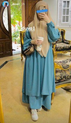 Hijab Style Dress, Casual Hijab Outfit, Hijab Chic, My Outfit, Muslim Fashion, Hijab Fashion, Korean Fashion, Fashion Dresses, Muslim Dress