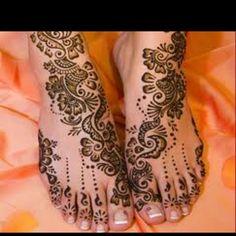 Henna / Mehndi beautiful feet!
