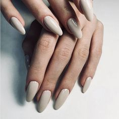 Nude-Grey nails pinterest : @finallyshinyhoe