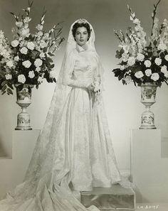 Ava Gardner, Vintage Wedding Photos, Vintage Bridal, Vintage Weddings, Vintage Gowns, Bridal Gowns, Wedding Gowns, Wedding Doll, Wedding Bride