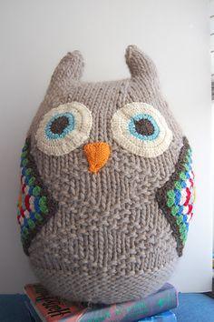 Ravelry: stripespolkadots' Giant Owl