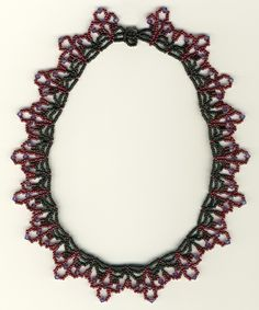 Winter Wine Lace Necklace Pattern