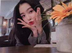 Check out Black Velvet @ Iomoio Seulgi, Red Velvet アイリーン, Red Velvet Irene, Sooyoung, Kpop Girl Groups, Kpop Girls, I Love Girls, Cute Girls, Kpop Aesthetic