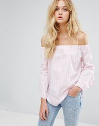 Discover Fashion Online CollectiveStyles.com ♥ Fashion   Women apparel   Women's Clothes   Dresses   Outfits   Rompers   PlaySuits   Boohoo   Express   Off The Shoulder   #clothes #maxi #fashion #dresses #women #tops #shop Summer nights out #outfits: