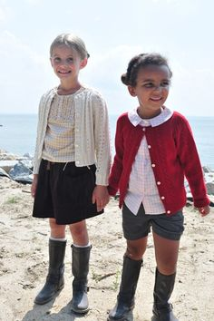 love the shorts and wellies with a sweater. Maybe just right for a Texas fall!