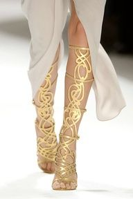 Amazing gold sandals, reminds me of India and Rome