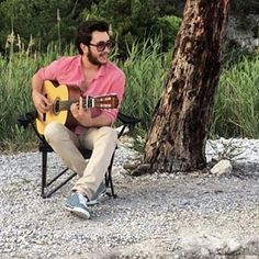 Sanatsal ������ #muğla #akyaka #çınarplajı #adige #kabardey #circassian #çerkes #guitar #music #sanat #instafun #instacool #instamusic http://turkrazzi.com/ipost/1523962268114927304/?code=BUmM5vKFr7I