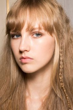 Wavy, wet, braided or slicked-down, hair this spring is all about an overdose of texture and shine. These are the prettiest hair trends for Spring 2017, straight from the runways.