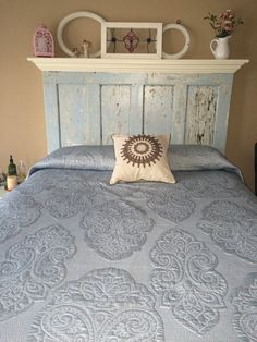 Headboard From Old Doors Diy Headboard Headboard Distressed Headboards Made From Doors Old