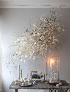 Hanging Flower Arrangements, Hanging Flowers, Floral Arrangements, Flower Ceiling, Flower Chandelier, Flower Installation, Ceiling Installation, Fleur Design, Modern Wedding Flowers