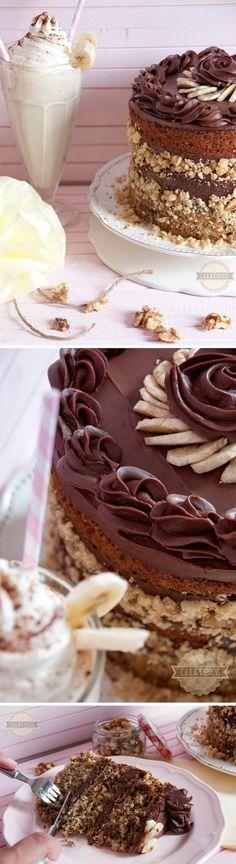 Tarta de plátano, nueces y chocolate / via Churretes de Cocholate