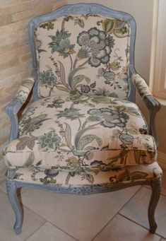 Chair after paint and re-upholstery Furniture, Chair, Home, Accent Chairs, Upholstery, Modern, Refurbishing, Home Decor