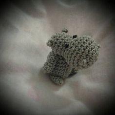 Amigurumi Mini Hippo - FREE Crochet Pattern / Tutorial