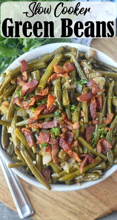 Slow cooker green beans are super easy to make and packed with tons of flavor. The perfect side dish to your family dinner. Southern green beans are packed full of flavor and the perfect side dish to you Holiday meal or family gathering. Slow Cooker Recipes, Crockpot Recipes, Cooking Recipes, Slow Cooker Dinners, Crockpot Side Dishes, Oven Recipes, Dinner Side Dishes, Dinner Sides, Vegetable Side Dishes