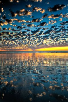 Sunset, sunrise, clouds, water, reflection, breathtaking, beautiful, stunning, landscape, panorama, photo.