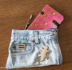 Habt Ihr auch so viele alte Jeans zuhause liegen, die nur auf ein zweites Leben warten? Nun, so eine kleine Tasche ist schnell genäht und kommt z.B. als Geschenk für ein Teenie-Mädchen immer gut an. (Anleitung auch auf http://merlanne.wordpress.com/2014/05/13/jeans-upcycling-ich-kanns-nicht-lassen/) Material: … weiterlesen