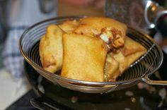 Indonesian Medan Food: Martabak Goreng Mini ( Leeks Parcel )