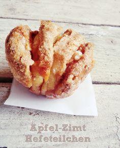 Apfel-Zimt Hefeteilchen