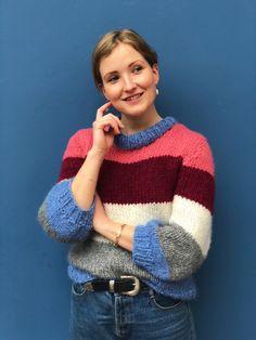 Cheap Hobbies For Men Info: 5107859516 Easy Sweater Knitting Patterns, Jumper Patterns, Crochet Woman, Knit Crochet, Hobbies For Men, Cheap Hobbies, Matching Sweaters, Girls Ask, Scrunchies