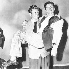 A young Frank Sinatra and Danny Kaye