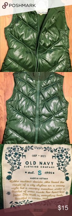 Old Navy Vintage Emerald Green Winter Vest.  Sz S Old Navy Vintage Cool Emerald Green Cozy Winter Vest.  Excellent Preowned Condition.  You'll Be A Hit For St. Patrick's Day In This!  . Bundle & Save! Old Navy Jackets & Coats Vests