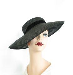 Vintage Pink, Vintage Ladies, 1940s Fashion Women, 1940s Hats, Wide Brimmed Hats, Hat Shop, American Horror, Tilt, Black Velvet