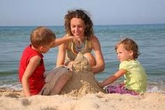 Ir a la playa es bueno contra el asma, dice un estudio realizado en israel.  Ir a la playa es bueno y saludable en muchos sentidos, aunque estar expuesto al sol requiere cuidados importantes, ya que este puede traer grave enfermedades. Pero con los recaudos apropiados, el sol es una importante fuente de vitamina D para el organismo. Hoy les traemos un motivo mas para que quieran ir a disfrutar del sol y la arena.