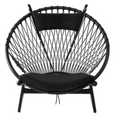 THE CIRCLE CHAIR by Hans Wegner produced by PP Mobler - click to enlarge