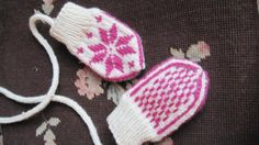 Items similar to Nordic Baby Mitts in White and Magenta with keeping-string on Etsy Local Artists, Magenta, Baby Shoes, Kids, Crafts, Etsy, Children, Boys, Baby Boy Shoes