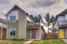 Contemporary Style House Plan - 3 Beds 2 Baths 1843 Sq/Ft Plan #932-7 Exterior - Front Elevation - Houseplans.com