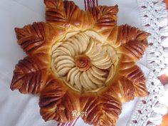 Rozi Erdélyi konyhája: Almás-fahéjas kalács Apple Pie, Desserts, Food, Tailgate Desserts, Deserts, Essen, Postres, Meals, Dessert