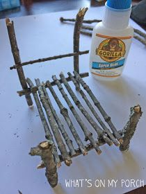 What's On My Porch: How To Make Fairy Furniture - - Holz - diy. Twig Furniture, Fairy Garden Furniture, Fairy Garden Houses, Fairies Garden, Furniture Chairs, Gnome Garden, Furniture Ideas, Twig Crafts, Garden Crafts