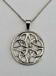 Gorgeous Celtic knot pendant on a silver chain. A beautiful statement piece to add to any outfit. Now £8.99