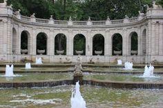 Berlin. Volkspark Friedrichshain. Märchenbrunnen.