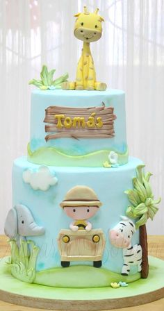 Safari Birthday Cakes, Baby Boy 1st Birthday Party, Safari Cakes, Birthday Cakes For Teens, Baby Cakes, Bolo Fake Safari, Clay Crafts For Kids, Cake Decorating Designs, Birthday Balloon Decorations