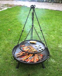 Small Fire Pit, Fire Pit Grill, Fire Pit Backyard, Fire Pits, Fire Pit Cooking Grill, Outdoor Cooking, Outdoor Kitchens, Outdoor Rooms, Outdoor Living