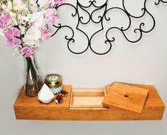 20 Best DIY Hanging Shelves Design Ideas https://www.goodnewsarchitecture.com/2018/04/06/20-best-diy-hanging-shelves-design-ideas/